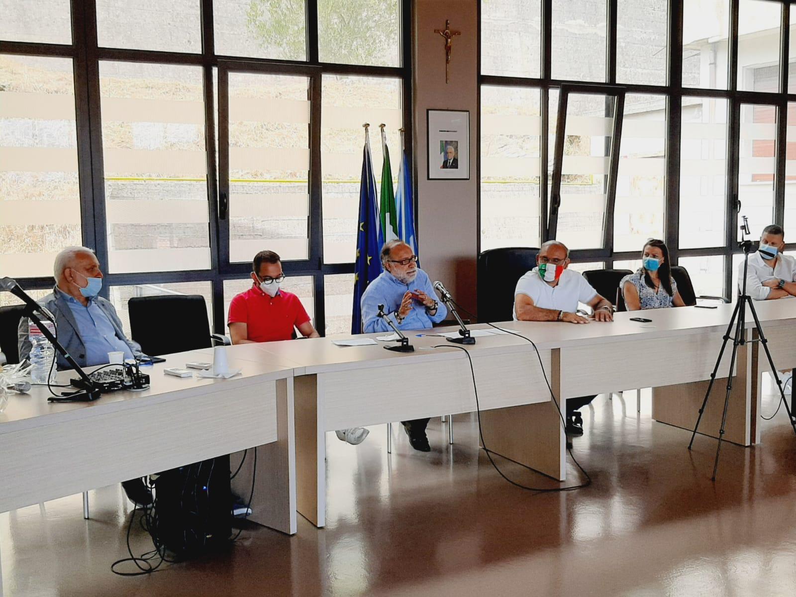 Banchi di Prova: il progetto di contrasto alla dispersione scolastica. Borse di studio a 5 ragazzi MSNA del progetto SAI di Santa Marina (SA)